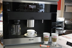Miele Einbau-Kaffeevollautomat
